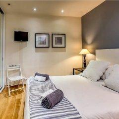 Отель Luxury Apartment near Diagonal Испания, Барселона - отзывы, цены и фото номеров - забронировать отель Luxury Apartment near Diagonal онлайн комната для гостей фото 5
