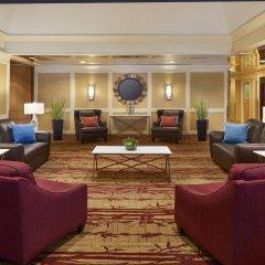 Отель Holiday Inn Toronto - Yorkdale Канада, Торонто - отзывы, цены и фото номеров - забронировать отель Holiday Inn Toronto - Yorkdale онлайн интерьер отеля