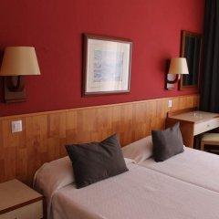 Отель Hostal Regina Испания, Бланес - отзывы, цены и фото номеров - забронировать отель Hostal Regina онлайн комната для гостей фото 2