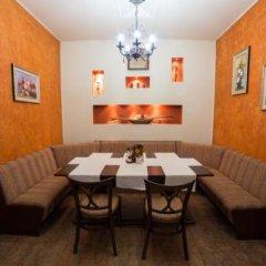 Hotel Kris Смолян в номере