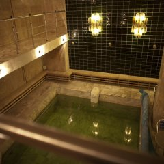 Отель Karolina бассейн