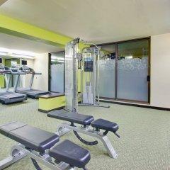 Отель Waikiki Beachcomber by Outrigger фитнесс-зал фото 4