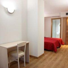 Отель Hostal Santel San Marcos удобства в номере