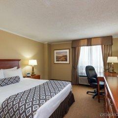 Отель Crowne Plaza Toronto Airport Канада, Торонто - отзывы, цены и фото номеров - забронировать отель Crowne Plaza Toronto Airport онлайн комната для гостей фото 4