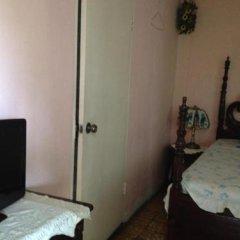 Отель Alberta place сейф в номере