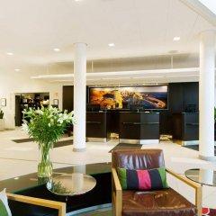 Отель Courtyard by Marriott Stockholm Kungsholmen интерьер отеля