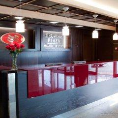 Отель Crowne Plaza Madrid Airport интерьер отеля