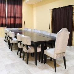 Отель Greenland Suites Нигерия, Лагос - отзывы, цены и фото номеров - забронировать отель Greenland Suites онлайн