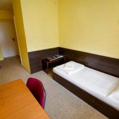 Гостиница Астория в Тюмени 5 отзывов об отеле, цены и фото номеров - забронировать гостиницу Астория онлайн Тюмень комната для гостей