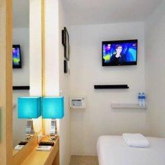 The Bedrooms Hostel Pattaya сейф в номере
