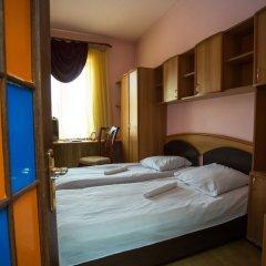 Отель One Way Hostel & Tours Армения, Ереван - отзывы, цены и фото номеров - забронировать отель One Way Hostel & Tours онлайн сейф в номере
