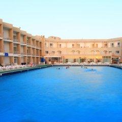 Beach Hotel Sharjah бассейн фото 2