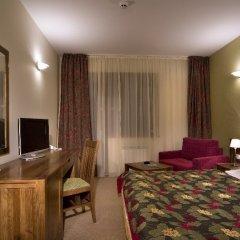 Club Hotel Yanakiev комната для гостей