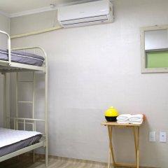 Отель Dongdaemun Guesthouse Южная Корея, Сеул - отзывы, цены и фото номеров - забронировать отель Dongdaemun Guesthouse онлайн комната для гостей