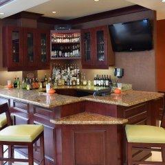 Отель Hilton Garden Inn Columbus/Polaris США, Колумбус - отзывы, цены и фото номеров - забронировать отель Hilton Garden Inn Columbus/Polaris онлайн гостиничный бар