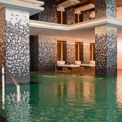 Отель Sofitel Casablanca Tour Blanche Марокко, Касабланка - отзывы, цены и фото номеров - забронировать отель Sofitel Casablanca Tour Blanche онлайн бассейн фото 2