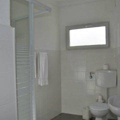 Отель Apartamentos Regina Португалия, Албуфейра - 1 отзыв об отеле, цены и фото номеров - забронировать отель Apartamentos Regina онлайн ванная фото 2