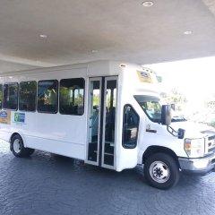 Howard Johnson Inn Fullerton Hotel and Conference Center городской автобус