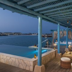 Отель Banana Island Resort Doha By Anantara гостиничный бар