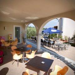 Отель Splendid Sole Манерба-дель-Гарда гостиничный бар