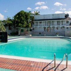 Отель Sea Castle Vacation Villa бассейн