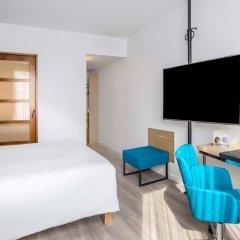 Отель Novotel Barcelona Cornella удобства в номере