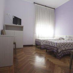 Отель Italy Inn Генуя комната для гостей фото 3