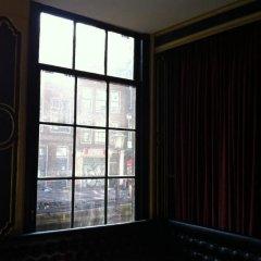 Отель Heart of Amsterdam комната для гостей