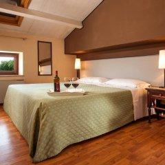 Отель Antico Casale сейф в номере