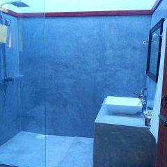 Отель Villa 61 Шри-Ланка, Берувела - отзывы, цены и фото номеров - забронировать отель Villa 61 онлайн ванная