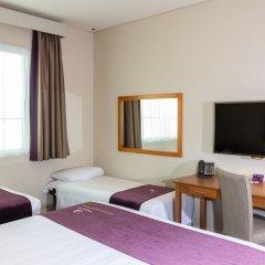 Отель Premier Inn Abu Dhabi Capital Centre удобства в номере фото 2