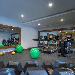 Отель Embassy Suites by Hilton Santo Domingo фитнесс-зал