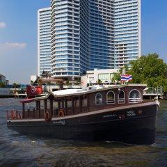 Royal Orchid Sheraton Hotel & Towers пляж