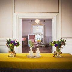 Отель Frederiksberg Mansion B&B Дания, Фредериксберг - отзывы, цены и фото номеров - забронировать отель Frederiksberg Mansion B&B онлайн помещение для мероприятий