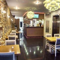 Отель Larende Нидерланды, Амстердам - 1 отзыв об отеле, цены и фото номеров - забронировать отель Larende онлайн гостиничный бар