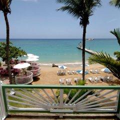 Shaw Park Beach Hotel балкон