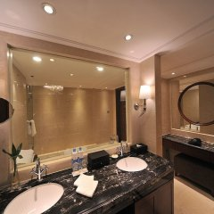 Central Hotel Shanghai ванная