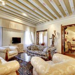 Отель San Severo Suite Apartment Venice Италия, Венеция - отзывы, цены и фото номеров - забронировать отель San Severo Suite Apartment Venice онлайн комната для гостей фото 5