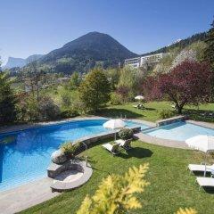 Hotel Der Waldhof Лана бассейн
