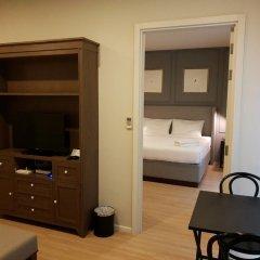 Отель Dlux Condominium Таиланд, Бухта Чалонг - отзывы, цены и фото номеров - забронировать отель Dlux Condominium онлайн удобства в номере