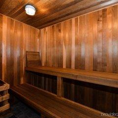Отель Canadas Best Value Inn Langley Лэнгли сауна
