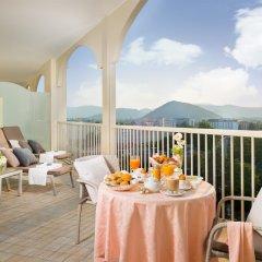 Отель Grand Hotel Trieste & Victoria Италия, Абано-Терме - 2 отзыва об отеле, цены и фото номеров - забронировать отель Grand Hotel Trieste & Victoria онлайн балкон
