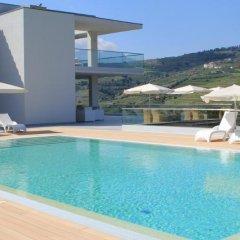 Отель Delfim Douro Ламего бассейн фото 3