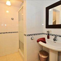 Отель Flora Испания, Льорет-де-Мар - отзывы, цены и фото номеров - забронировать отель Flora онлайн ванная