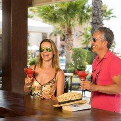 Апартаменты Kusadasi Golf and Spa Apartments Сельчук гостиничный бар