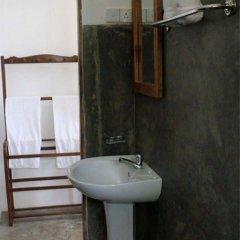 Отель Baan At 25 Villa Шри-Ланка, Галле - отзывы, цены и фото номеров - забронировать отель Baan At 25 Villa онлайн ванная фото 2