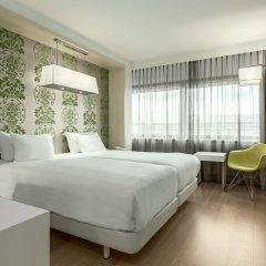 Отель NH Amsterdam Zuid комната для гостей