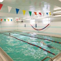 Отель Green Point YMCA бассейн