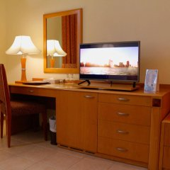 Sharjah Premiere Hotel & Resort удобства в номере фото 2