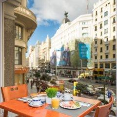 Отель Madrid Gran Vía 25, managed by Meliá Испания, Мадрид - 8 отзывов об отеле, цены и фото номеров - забронировать отель Madrid Gran Vía 25, managed by Meliá онлайн балкон